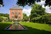 Château Courban / Comme un air de famille ! C'est dans l'intimité d'une maison familiale que le propriétaire vous invite à partager le temps d'un séjour inoubliable, chic et authentique.