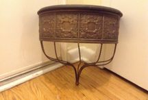 really nice bronze metal shelf / (20$ Toronto)I have a really nice shelf and  i believe its bronze can add a nice accent to your decor,the mesure are 8 inches depth x 16 inches wide x 14 inches high,i am in etobicoke area (golfdown and islington) ask us what else we have for sale...we have a lot,(look in your spam folder for my reply,sometimes it goes in there)thank you 'No Pay Pal