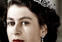 queen elizabeth tiaras