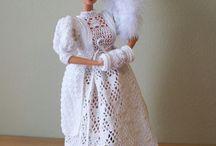 šaty pro panenku + panenky