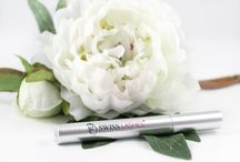 Eyelash Enhancer Serum / The serum that gives you longer eyelashes naturally. New formula that provides even faster results. Two prize winning active ingredients.