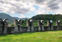 Castellar / Il castello di Castellar, piccolo paese della provincia di Cuneo.