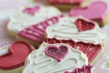 cupcakes ...cupcakes ....cupcakes.. <3