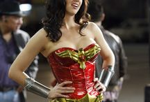 """Wonder Woman Costume / """"We all have a WONDER WOMAN inside us"""" Gal Gadot. Explore this board to get the best Wonder Woman style."""