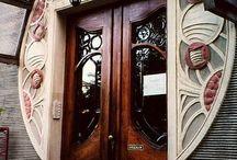 Bejáratok