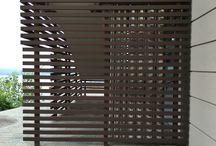 Frangisole /Parapetti / alcune nostre realizzazioni di rivestimenti con elementi frangisole in legno composito