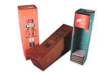 Stülpdeckelschachtel für Flaschen / Stülpdeckelschachtel für Flaschen vom Verpackungsshop Boxximo. Individuelle Stülpdeckelschachteln & Flaschenverpackungen ab Auflage 1 Stück jetzt bei www.boxximo.de - Ihrem Verpackungsprofi im Internet.
