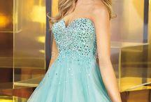 Dresses!!!!!! / by ellie beveridge