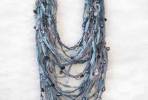 Bijoux / Creazioni di gioielli con ogni materiale pensabile