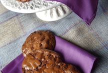 Choklit Shtuff~Cookies / by JP Armstrong
