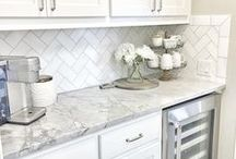 Kitchen Ideas / Updating your kitchen? Take a look!