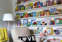 kids books shelves