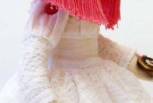 Dolls / by Annett Oertel