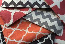 Tamtum / estamparia digital em tecidos naturais, acrílicos e lonas recicladas.