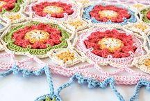 Knit & Crochet Motifs and Edgings / by Sandra Arneri