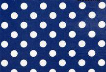 Tessuto impermeabile (IT) / Colori vivaci, alta qualità di lavorazione e disegni simpatici. Le nostre tele cerate provengono dagli Stati Uniti e dal Giappone, sono di grande effetto visivo e rappresentano un materiale interessante per realizzare delle tovaglie, degli impermeabili, dei copricuscini ed altri numerosi progetti creativi. http://www.modes4u.com/it/cute/c226_Tele-cerate.html