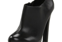 shoe Fabulosity / by Amy Ronk Ramsey