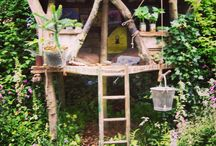 KIDS Cubby Houses / Ideas for children's outdoor play - in particular tree houses ideas.