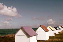 beach huts / by Darja Ká