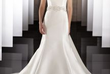 Bridal gowns / by Dream Weddings by All party Rentals
