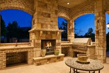 Outdoor Living Spaces we <3 / Need inspiration for your patio or porch? Check out these amazing outdoor living spaces!