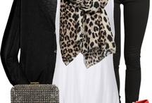Fashion: Chic / Chic minimalism with a twist