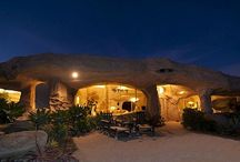 Awesome houses / Flintstone house