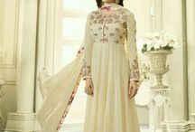 Anarkali suits / Shop latest Anarkali suits and Indian wedding dresses at Kaseeshonline that uplifts the spirit of every discerning woman.