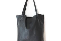 Bags i like / by Caroline Schumacher