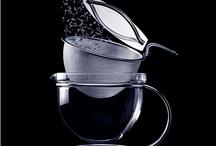 Teekannen - mal schön, mal wunderlich / Tea pots - some are lovely, some rather peculiar