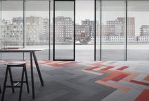 Desso | Van Oort Interieurs / Desso is in 1930 opgericht in Oss als producent van geweven tapijten voor woningen en bedrijven. In ruim 80 jaar heeft Desso een reputatie opgebouwd als vooraanstaand producent van hoogwaardige tapijttegels, kamerbreed tapijt en kunstgrasvelden. Verder is Desso momenteel actief in meer dan 100 verschillende landen. Het hoofdkantoor staat in het Nederlandse Waalwijk.