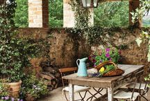 Irresistibly Italian / Italian-inspired rooms for Old World and Tuscan-style inspiration.