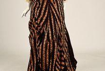Šaty/Clothing