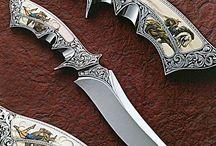Meče, nože a zbraně
