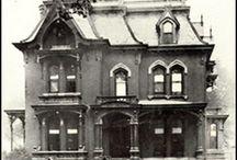 Old Houses / by Morgan Kelsey