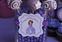 Baylee birthday ideas / by Katrina Bateman