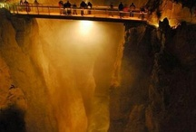 CAVES  AND GROTTOS OF THE WORLD  (jaskinie i groty swiata)