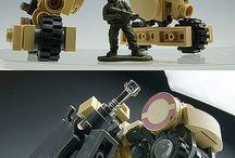 Лего, роботы, солдатики