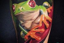 animal tattoo / green frog tattoo
