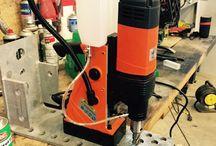Verktøy, Kjernebor og Magnetbormaskiner / Kjerneboring i stål med magnetbormaskin  Hole saw and magnetic drill machine