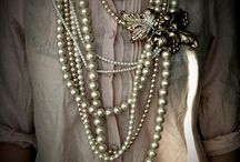 EXQUISITE.JEWELS / by Kate Smith