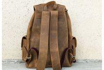 Hátizsákok,táskák