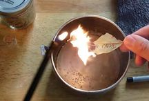 faites brûler des feuilles de laurier