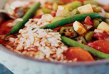 Veggie tales (vegetarian meals) / by Sindi Barker