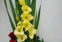 Buchete flori, bomboane - cadouri