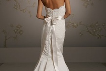 wedding dresses / by Pamela Dunkin