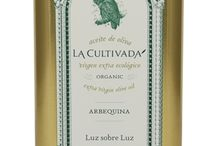 La Cultivada / El Molina de Santa Ana is a family estate situated in the southwestern part of Spain in the province of Cordoba. La Cultivada is set apart from other oils by its traditional cultivation techniques, time-honored knowledge, and respect of the old family traditions.