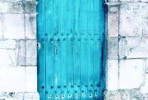 portes bleu