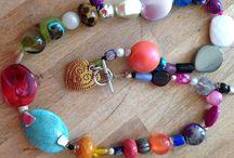 zelf gemaakte sieraden