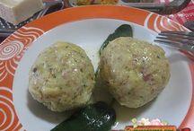 Primi piatti , zuppe e minestre / Quì tante ricette gustose per fare primi piatti ripieni in brodo, zuppe e minestre. http://www.ricettegustose.it/Primi_zuppe_index.html